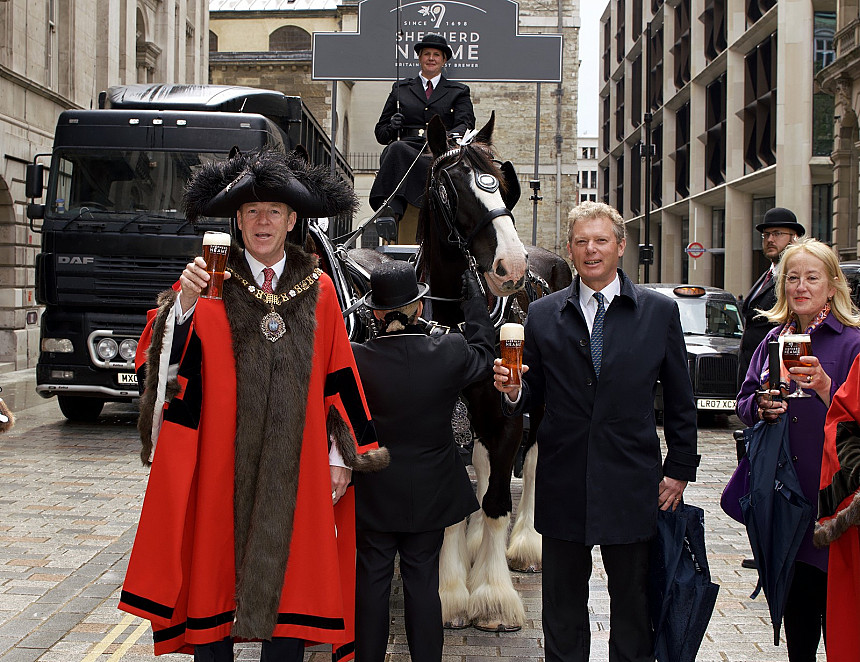 Lord mayor's special delivery