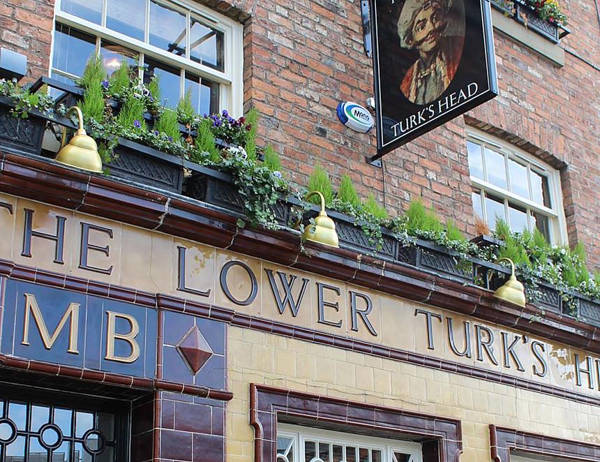 Poem celebrates pub's revival