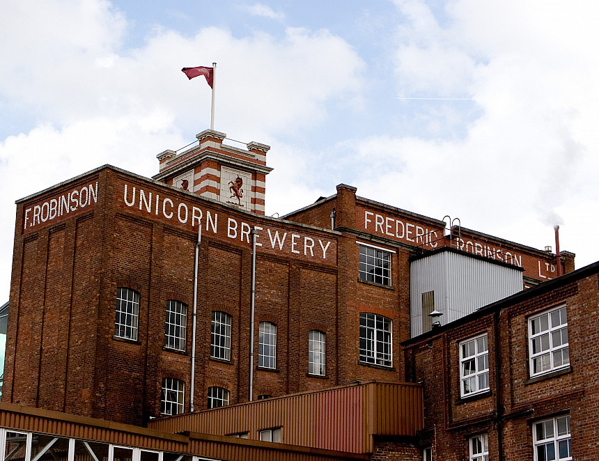 Brewer gives away 50,000 pints